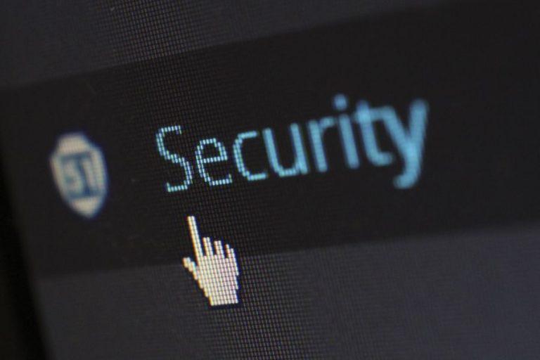 Jak zabezpieczyć stronę firmową przed atakami?
