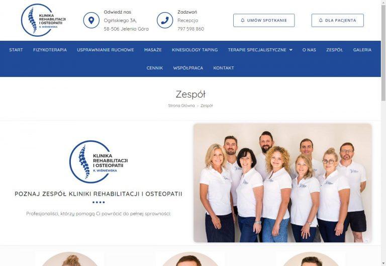 zespół pracowników na stronie www